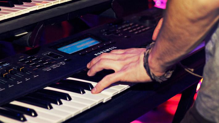 Best Budget Keyboard Piano